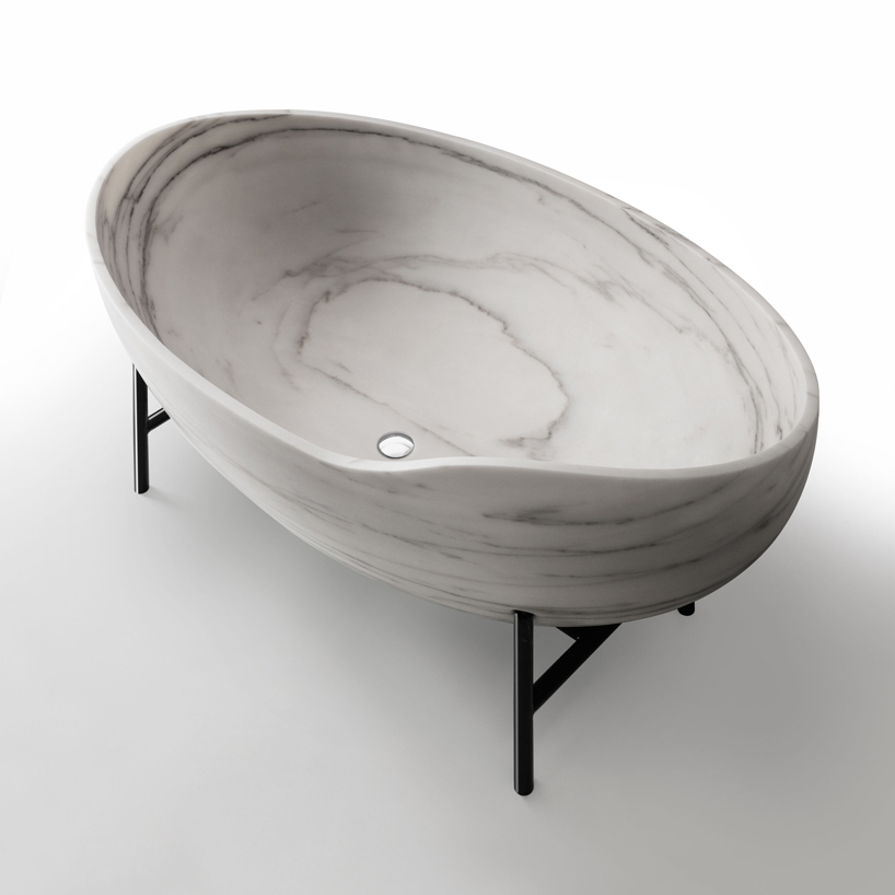 The Kora Marble Bathtub