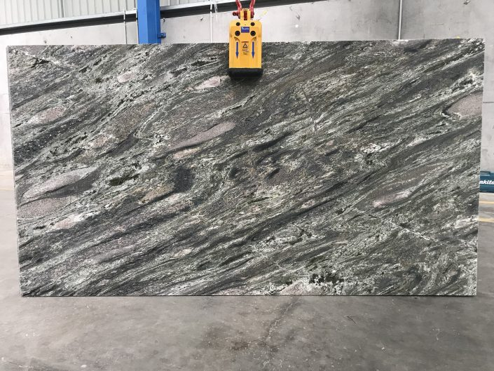Verde Imperiale Granite Slab