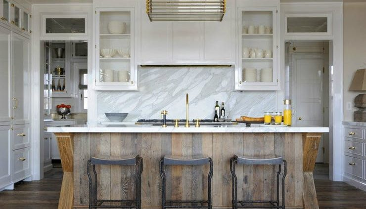 Marble and Wood kitchen design